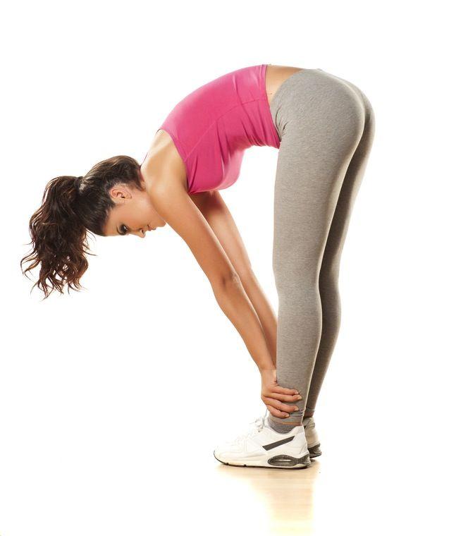 rozciąganie mięśni kulszowo-goleniowych