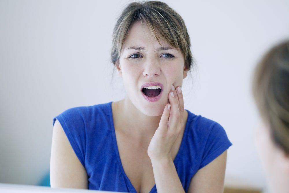 ból w stawie skroniowo żuchwowym
