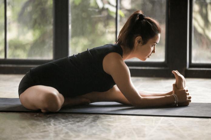 ćwiczenia bioder rozluźnianie