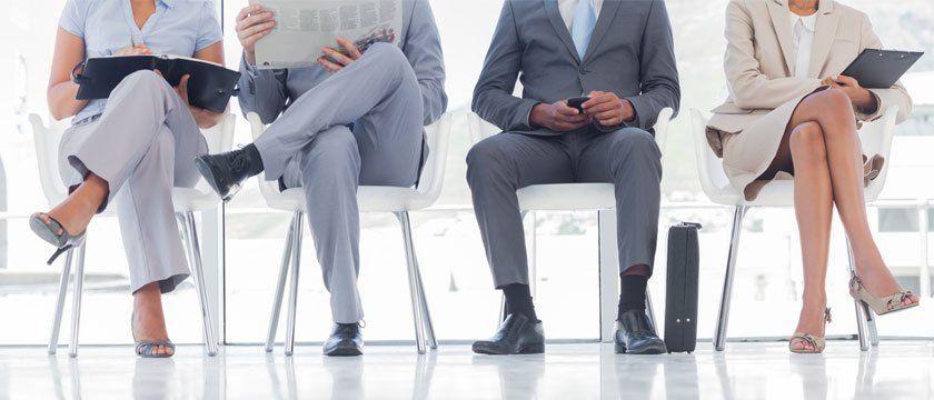 nieprawidłowa pozycja siedząca obciążająca więzadła miednicy