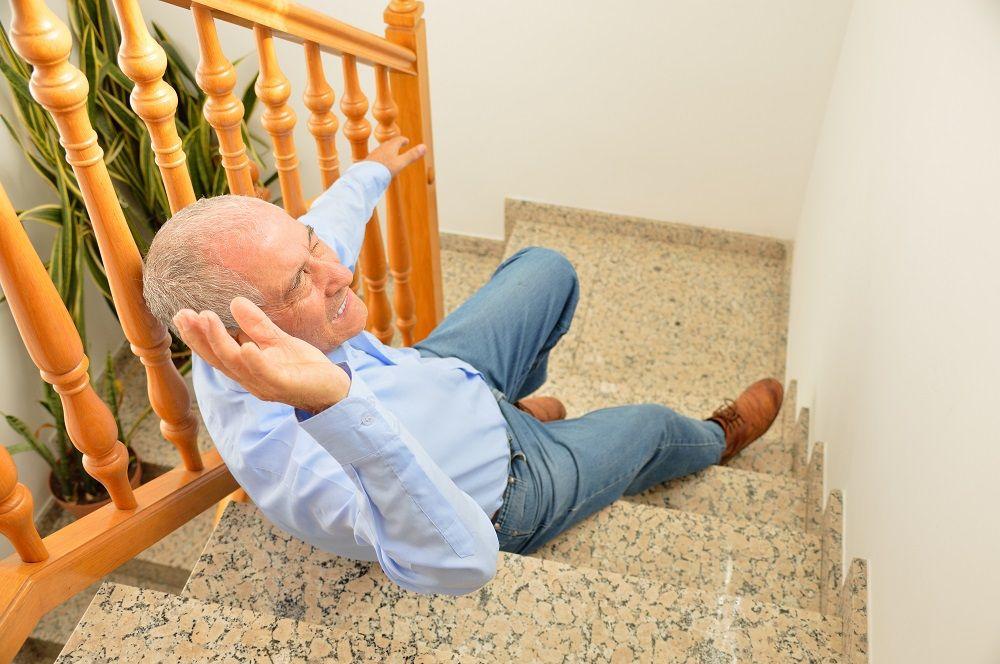 upadek - złamanie kompresyjne kręgosłupa