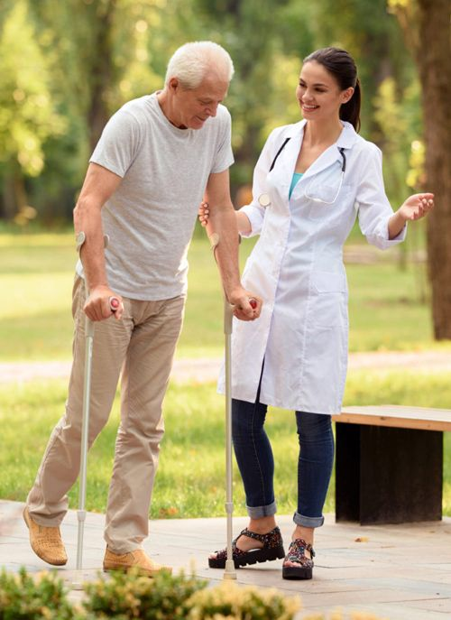 chodzenie o kulach po zabiegu