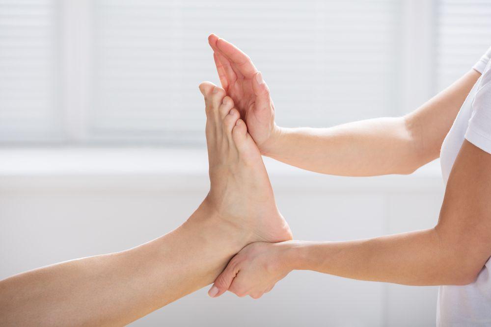 ćwiczenia bierne kończyny dolnej